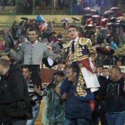Jose Tomas, Padilla y Manzanares, a hombros en Jerez junto al mayoral de Núñez del Cuvillo